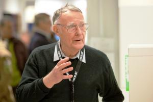 Mostenitorii averii lui Ingvar Kamprad si-au luat adio de la IKEA. Averea fabuloasa a fost transferata in anii '80
