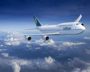 Grupul Lufthansa reduce consumul de combustibil, stabilind un nou record de eficienta