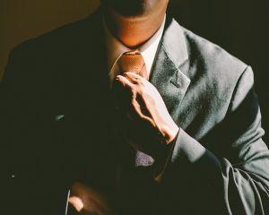 Interviu cu Avocat Ana-Maria Borz: Ce trebuie sa stie angajatii despre litigiile de munca si asistenta juridica din partea unui avocat