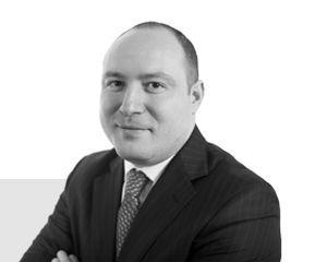Criminalitatea gulerelor albe: Mihai Mares, avocatul recomandat de Global Legal Experts