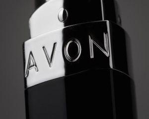 Producatorul de cosmetice Avon va disponibiliza 600 de angajati