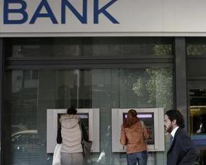 Bancile grecesti au nevoie de 5 miliarde de euro, pentru a-si reveni