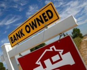"""ANALIZA: Clauzele abuzive exista si in contractele """"Prima Casa"""". Iata cat de aberante sunt bancile"""