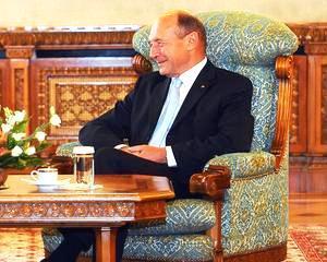 Traian Basescu: Reducerea fiscalitatii muncii? Poate din 2015