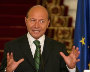Basescu: Inainte de validarea Executivului, Ponta sa treaca prin Parlament cu noul program de guvernare