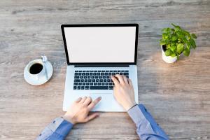 3 metode care prelungesc durata de viata a laptopului tau