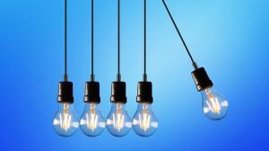 ANRE a dat amenzi de 1,545 milioane de lei furnizorilor de energie electrica si de gaze naturale