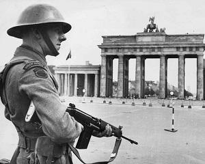 19 martie 1949: Germania de Est adopta noua constitutie