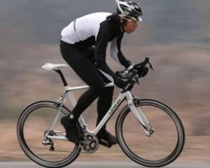 F Sport Roadbike, un Lexus de 11.000 de dolari