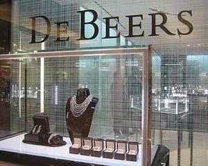 Jaf de bijuterii: Englezii ofera o recompensa de un milion de dolari pentru prinderea unui hot