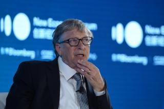 Bill Gates: Ceea ce a facut Elon Musk e uimitor. E fantastic