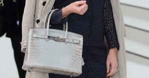 Cea mai scumpa geanta din lume se vinde cu peste 7.000 de dolari, desi are un cost de productie de 10 ori mai mic