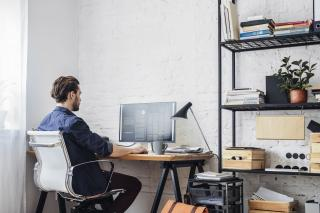 Idei pentru un birou creativ si productiv, la tine acasa