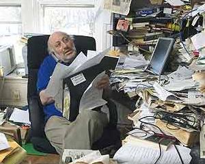 """Studiu: Ce spune un birou dezordonat despre """"posesorul"""" sau"""