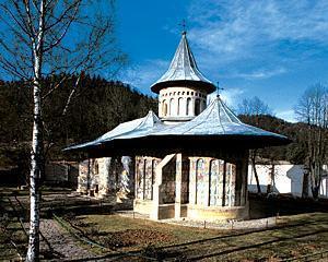 Bisericile de lemn din Romania sunt amenintate de degradare
