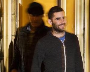 Un cunoscut utilizator de bitcoini, arestat pentru spalare de bani