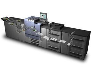 bizhub PRESS C8000e printeaza pana la 750.000 de foi pe luna