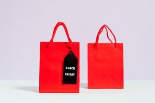 Cati bani aloca romanii pentru Black Friday 2020 si pe ce intentioneaza sa-i cheltuiasca