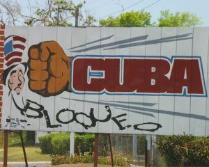 18 februarie 1964: Statele Unite instituie sanctiuni asupra tarilor care au incalcat embargoul impus Cubei