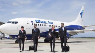 Blue Air a pregatit pasagerilor sai o oferta incredibila. Cum poti primi un voucher cadou in functie de cum te imbraci