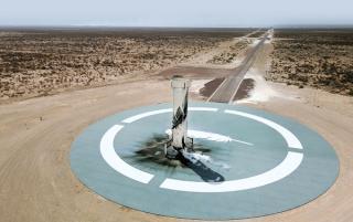 5.200 de persoane din 136 de tari liciteaza pentru a deveni primul turist spatial. Pretul singurului bilet scos la vanzare a ajuns la 2,8 milioane de dolari