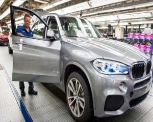 BMW va construi o noua fabrica in SUA