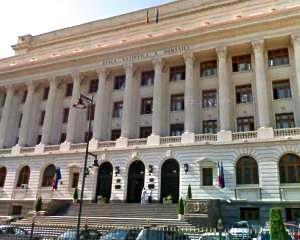 BNR explica de ce unele banci din Romania vor intra in faliment, daca parlamentarii vor schimba legea rambursarii creditelor in valuta