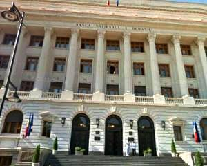 """Piperea: Vom deschide actiune impotriva unei banci din """"top 3"""" pentru clauze abuzive"""