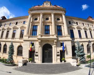 Rezervele valutare BNR au scazut cu peste 2,1 miliarde de euro, intr-o singura luna