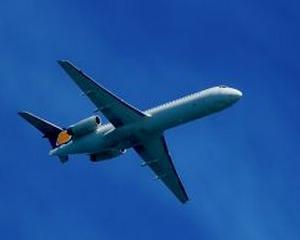 Boeing are din nou probleme din cauza avioanelor Dreamliner