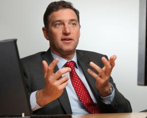 Bogdan Apahidean, Director General LeasePlan Romania: Romania este o tara cu un potential investitional destul de mare, iar managerii au posibilitatea sa-si construiasca aici o cariera de succes