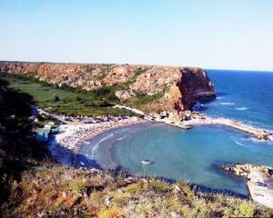Bulgarii isi dezvolta turismul pentru a-si fideliza clientii. Romania il are pe Mazare