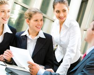 Singura categorie de angajati care poate beneficia de bonusuri in 2015