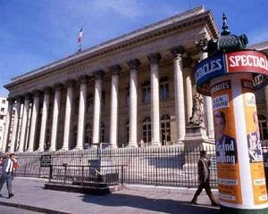 Salariile managerilor din marile companii franceze a fost de 90 milioane euro in 2013