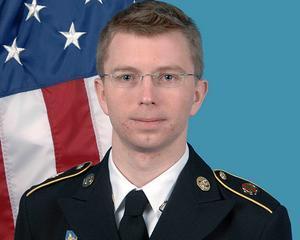 Judecatorii americani sunt mai blanzi cu Bradley Manning: Reduc pedeapsa de la 136 de ani la 90