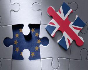 Incepe Brexit-ul: ce se intampla cu romanii din Marea Britanie?