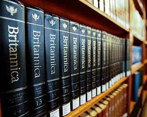 13 martie 2012: dupa 244 de ani de la prima aparitie Enciclopedia Britanica isi opreste editia tiparita