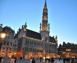 MAE prelungeste atentionarea de calatorie pentru Bruxelles