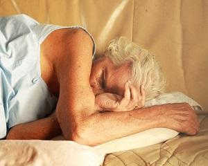 Sfaturile bunicii te pot ajuta sa dormi bine in noptile caniculare, fara aer conditionat
