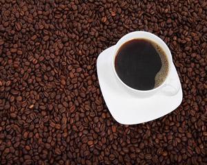 Consumul de cafea neagra, indicator pentru cariile dentare
