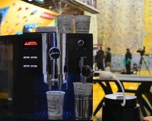 Cafeterie sau o afacere de succes in industria pasionatilor de cafea. Despre succes si corectitudine pe piata, cu fondatorul Bogdan Cuzincu