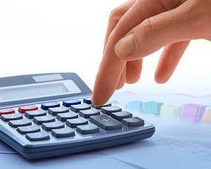 Finantele se lauda cu excedent bugetar
