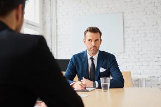Capcanele de la interviurile de angajare: ce ar trebui sa stii inainte de a fi fata in fata cu angajatorul