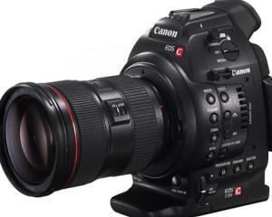 Canon introduce functia DAF pe camera video EOS C100