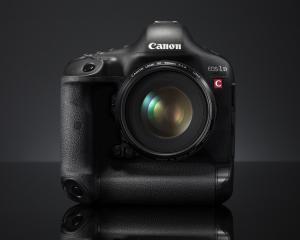 EOS-1D C, aparatul foto care poate fi folosit pe post de camera HD pentru televiziuni