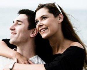 O economie a vitezei: Punem pe primul plan familia sau cariera?