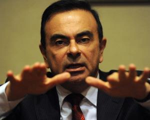 Carlos Ghosn ramane cel mai bine platit CEO al unei companii japoneze