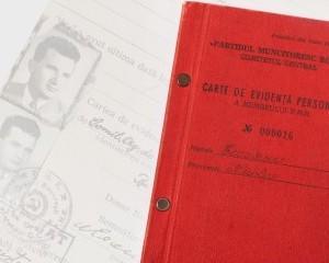 Carnetul de partid al lui Ceausescu va fi scos la licitatie