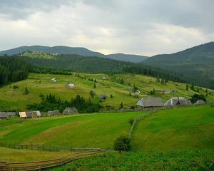 Bani pentru imbunatatirea performantelor ecoturistice a noua zone din Romania