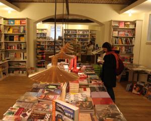 Carturesti se extinde. Alte trei librarii, din toamna